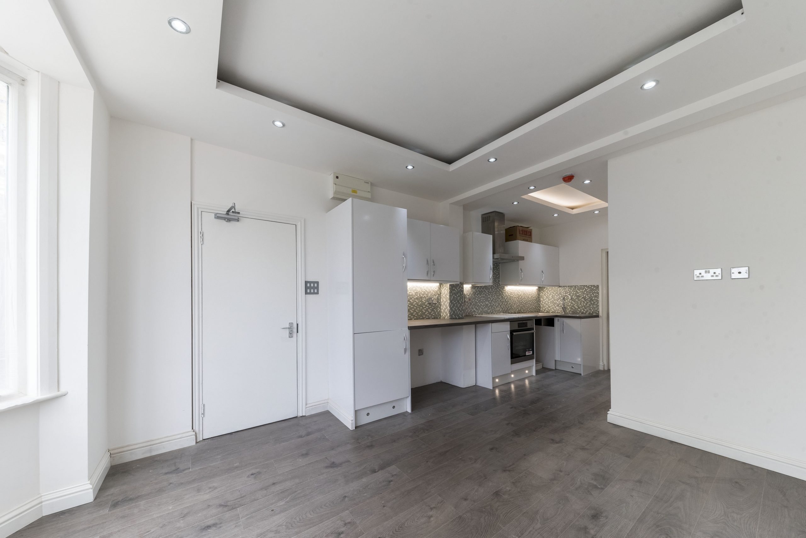 Immaculate 6 Bed Professional HMO London For Sale