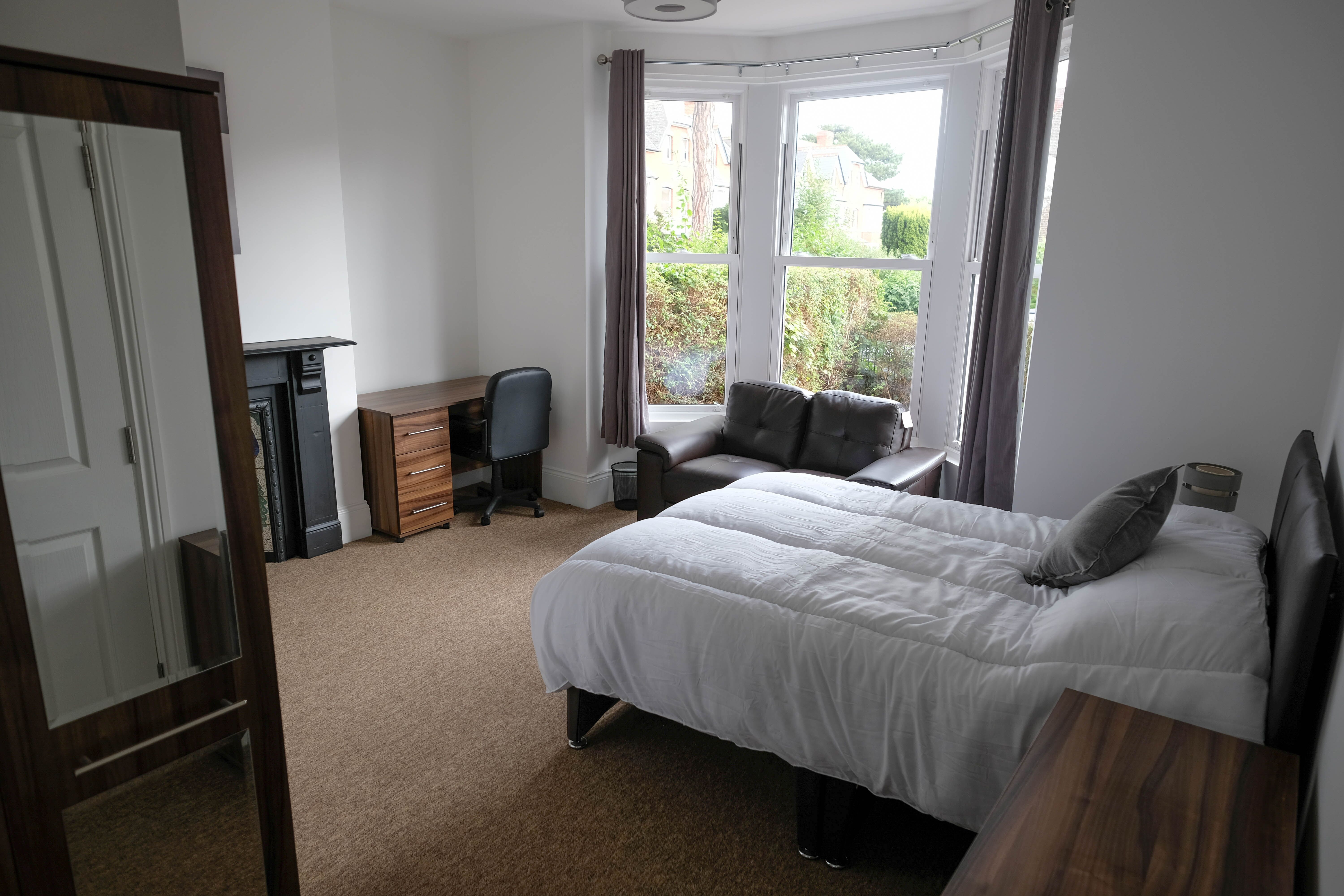 Tenanted 5 Bed Student HMO with Potential Add Value of £30/40K For Sale